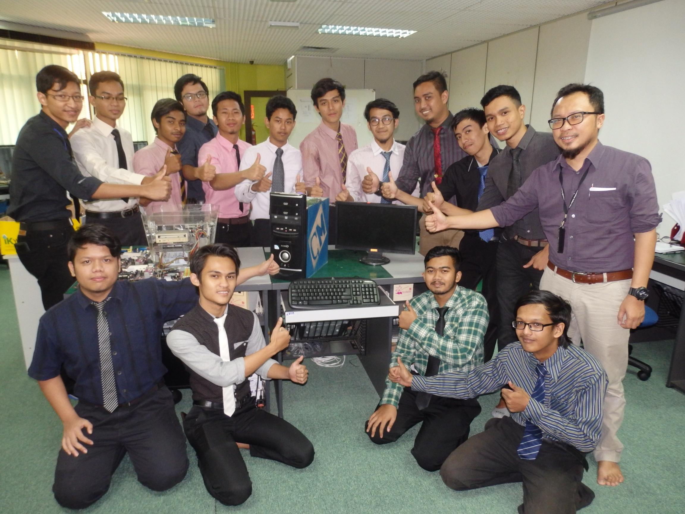 Siswa UPSI cipta casing komputer mesra alam